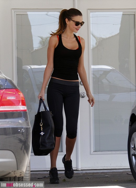 miranda-kerr-and-orlando-bloom2012-04-03_06-10-58work-out-together-520x715